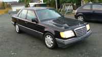 1995 Mercedes-Benz E-Class int noire Berline