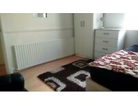 2 SPECIOUS DOUBLE ROOMS AVAILABLE IN A BEAUTIFULLY REFURBISHED HOUSE TO LETIN STRATFORD
