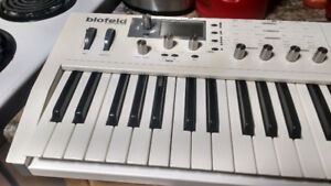 Well used Blofeld needs a new home, and encoders