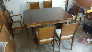 Table 1940 + 6 chaises