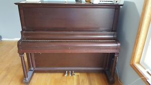Mason & Risch - Upright Piano