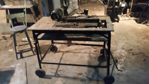 Table top planer