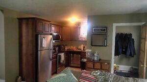 GORGEOUS 4 BEDROOM $1640 ALL INCLUSIVE FREE WIFI IN UNIT LAUNDRY