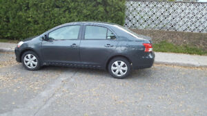 2010 Toyota Yaris Sedan 77 000km only 1 owner