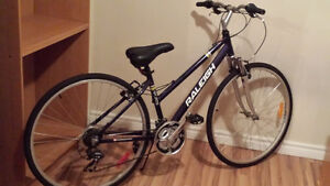 Mint bike with high end pump asking for 150$