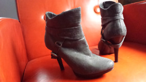 Grey booties size 6