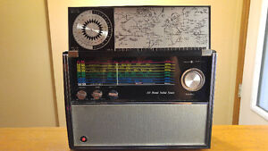 Vintage Solid State Deluxe Multi Zone Radio