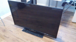 Used 42 inch LED Philips for sale (good condition) Windsor Region Ontario image 2