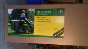 "John Deere 42"" bagger for 100 Series. Brand new still in box"
