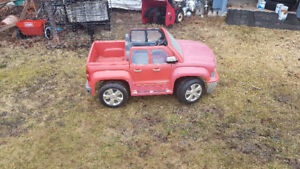 Kids motorized chev truck / can deliver