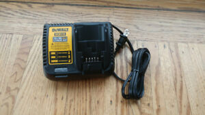 Brand New Dewalt 12v / 20v Li-Ion Battery Fast charger