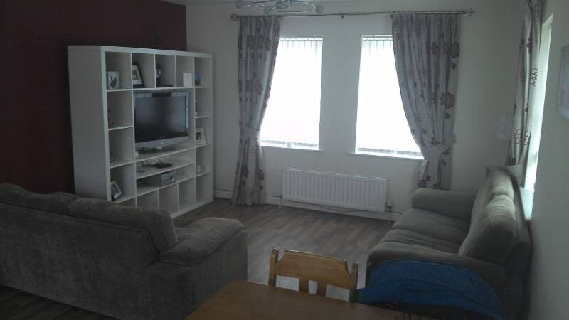 Large Double room with ensuite and walk in wardrobe to rent - North Belfast