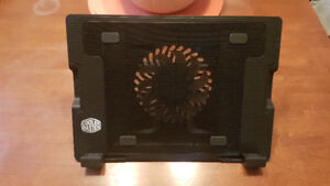 Cooler Master Laptop Stand / Fan