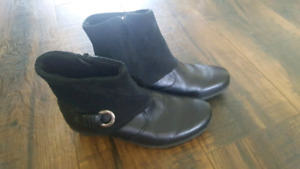 Women's Leather Boots Size 6!!!!
