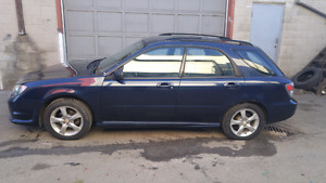 Clean 2006 5 speed subaru Impreza 2.5i