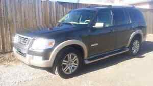2006 ford explorer Eddie Bauer 4x4 with vsc stability