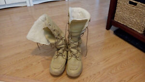 Outdoor boots for sale