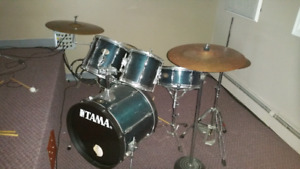Acoustic Drums - Tama