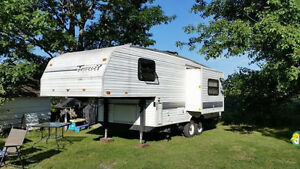 fifth wheel roulotte 24' terry  AUBAINE 3200