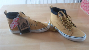 Vans off the wall shoes size 10