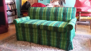 Vintage retro 2 seat couch like new