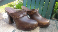 """Kenneth Cole""""Tribeca"""" leather mules. Size 9/10"""