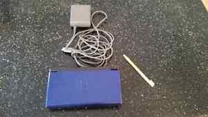 Nintendo DS Lite with 2 games