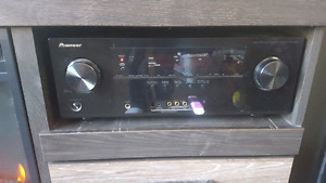 Asesome stereo reciever 7 1 3d ready 300 obo  or trade