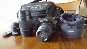 appareil photo de marque SONY A330 + 3 lentilles + sac + chargeu
