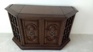Vintage Antique Electrohome Record Player Stereo Cabinet