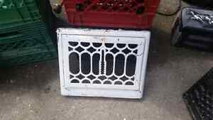 Great vintage heating grill. London Ontario image 1