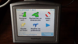 GPS Tomtom with car charger and new car mount