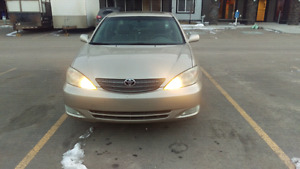 TOYOTA CAMRY , XLE V6  . Fully loaded 2002