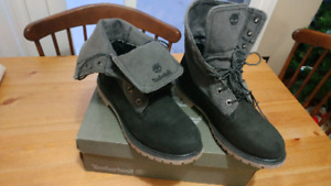 SHOES- BRAND NEW TIMBERLAND