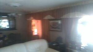 window curtains  fit 2 big window  for sale London Ontario image 5