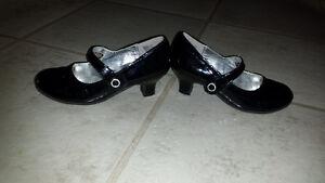 Girls American Eagle sz 12 dress shoes