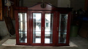 HUTCH/DISPLAY CASE