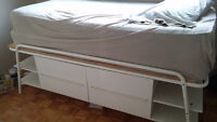 Lit simple capitaine/ Raised Captain's Bed
