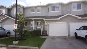 3 Bedroom Townhouse with garage in SE Edm. (Silverberry)