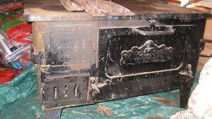 "United Nail Foundry ""Improved Woodsman 164"" Wood Stove"