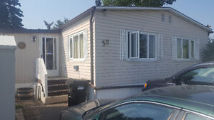 1976 24x48 3 bed 2 bath Mobile Home - Delivery Included