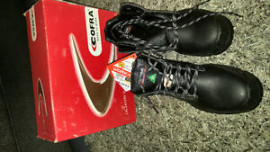 COFRA STEEL TOE SHOES, BORN TO WORK.