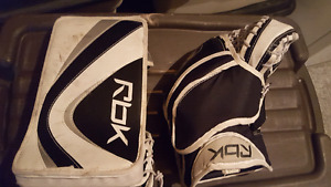 Reebok 2k glove and blocker JR size