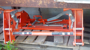 KUBOTA LA2226 SKID STEER QUICK ATTACH PLATE