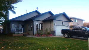 Home for sale in Redwater