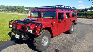 1998 HUMMER H1 Wagon, fantastic condition and low km.