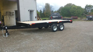 "102""x16' Deck over electric brakes 5ton"