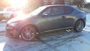 11 Scion TC  - 6spd man - LOADED - SUNROOF - STARTER - 71,000KMS