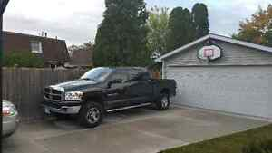 2007 DODGE RAM MEGA CAB ONLY 106,000KMS!!!!