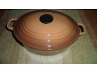 Le Creuset full set of saucepans, XL Casserole dish and gratin dishes, pristine condition inside/out